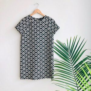 Zara Basic Geometric Pattern Mod Shift Dress Black